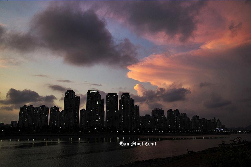 소래포구-밤-풍경