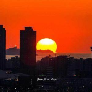 인천 도심에서 보는 인천앞바다 일몰과 노을